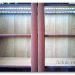 Полки для фиалок, оборудованные светодиодной лентой